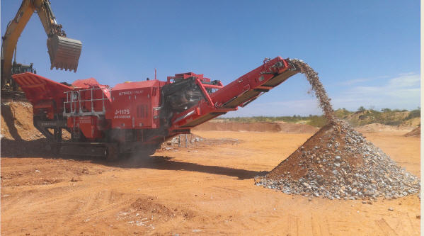Bell Equipment gains Finlay distribution rights in South