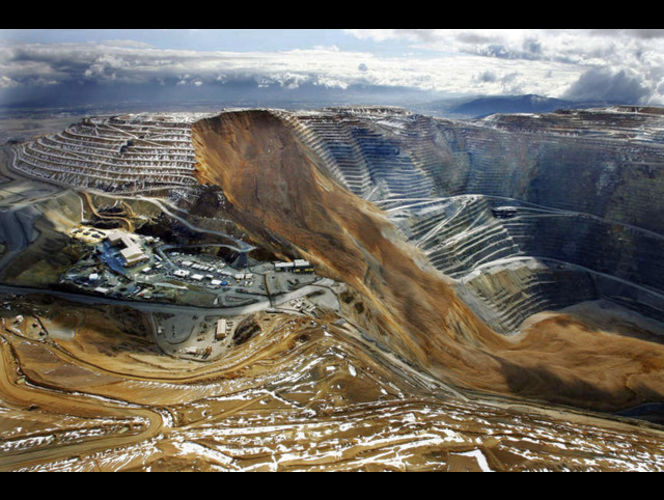 Bingham Canyon Mine slope slide