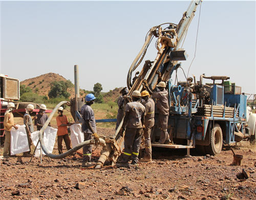 Drilling core in Burkina Faso