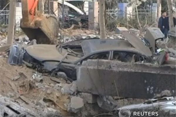 Pipeline explodes in China, kills 35