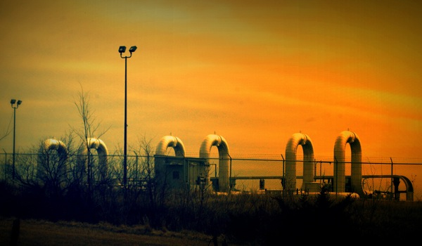 Keystone XL begins carrying crude ahead of Obama's final decision on pipeline