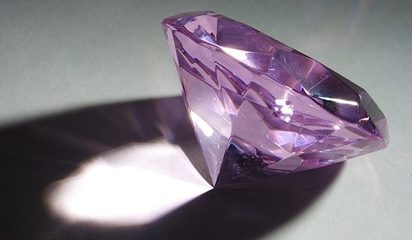 Rio Tinto paints rosy future for diamonds