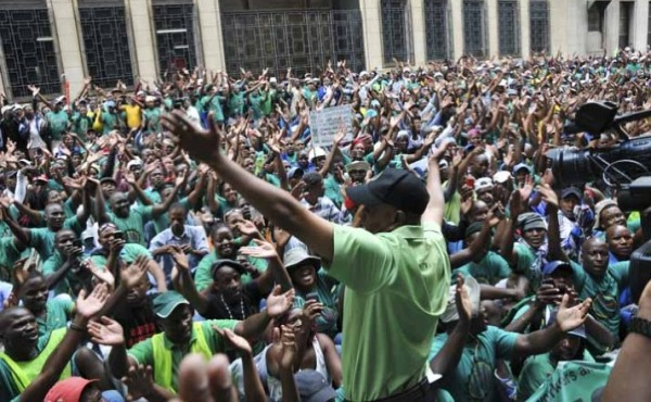 South Africa's platinum miners to resume working