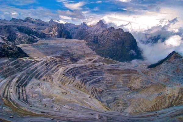 Freeport, Indonesia reach preliminary deal over copper exports