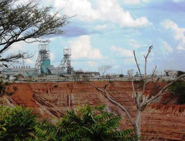 Accusations of cover-up of Glencore-Zambia tax probe