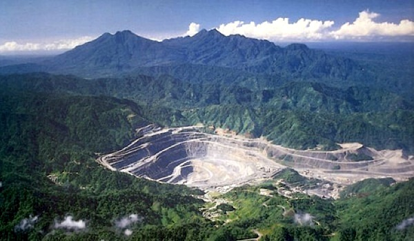 Rio Tinto weighs stake in closed Papua New Guinea copper mine