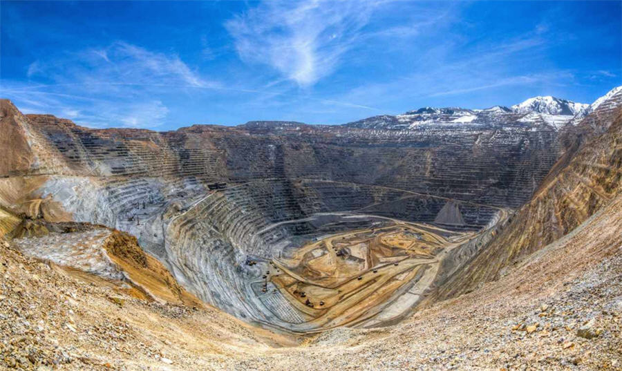 Bingham Canyon: Moving a mountain - twice