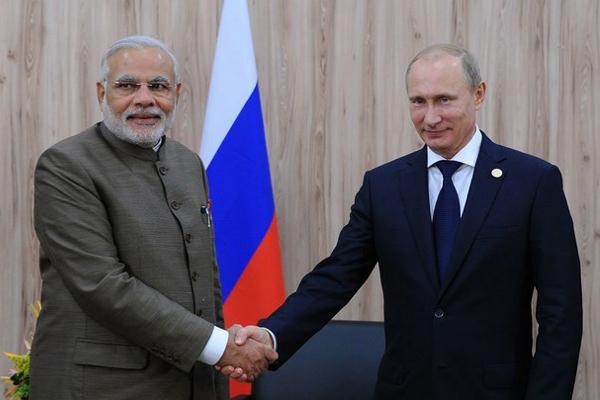 Putin seeks to boost Russian diamond trade through India
