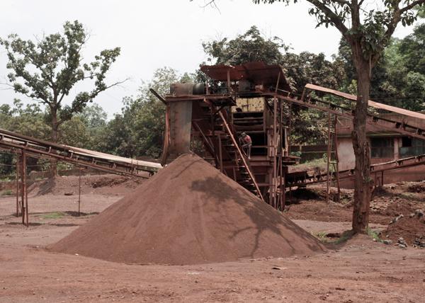 India's rocketing iron ore imports