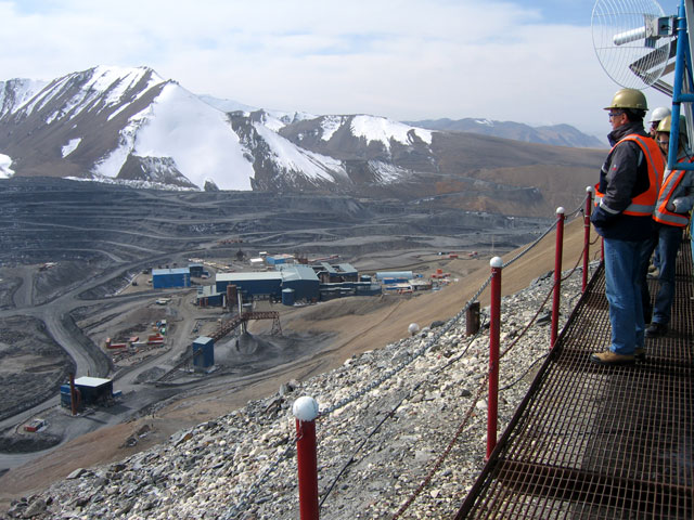 Kyrgyzstan names new PM to settle issue with Centerra over Kumtor mine