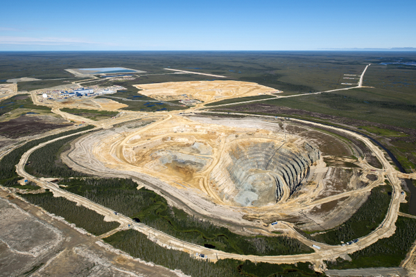 De Beers paid only $226 in royalties for its Ontario mine last year— report