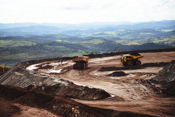 Giving up on iron ore best option for Anglo American — Investec
