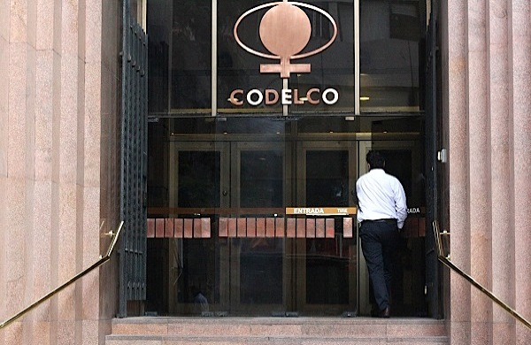 Chile gives copper giant Codelco much-needed $225 million cash injection