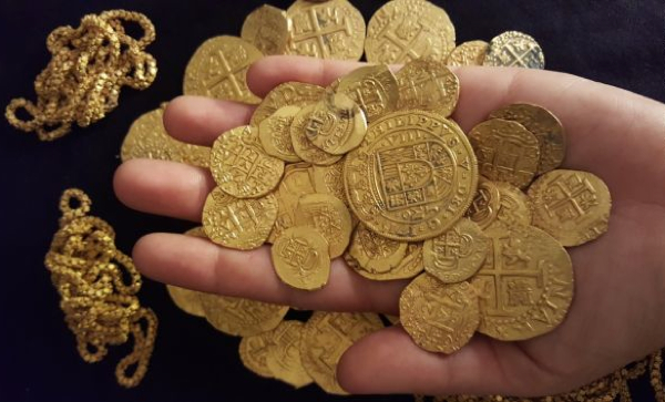 1 Million In 300 Year Old Gold Coins