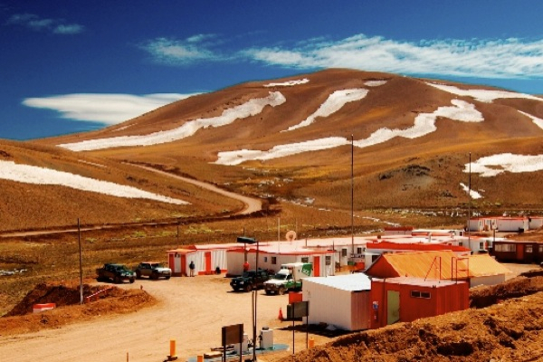 Goldcorp, Teck combine projects, create new $3.5 billion mine in Chile