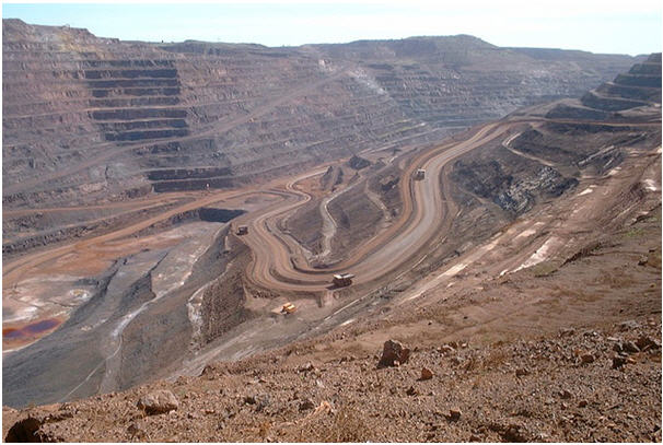 Mt. Whaleback iron ore mine - photo