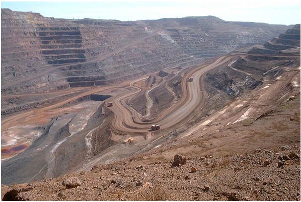 Mt. Whaleback iron ore mine - photo