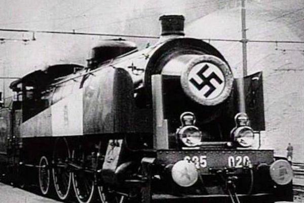 'Nazi gold train' allegedly found in Poland