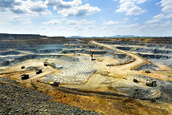 Sibanye confirms talks with Anglo over platinum mines for sale