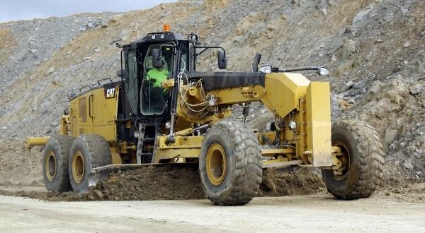 Cat 18M3 Motor Grader dresses haul road