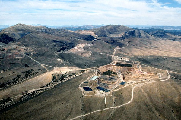 Barrick Gold sells four US mines for $720 million