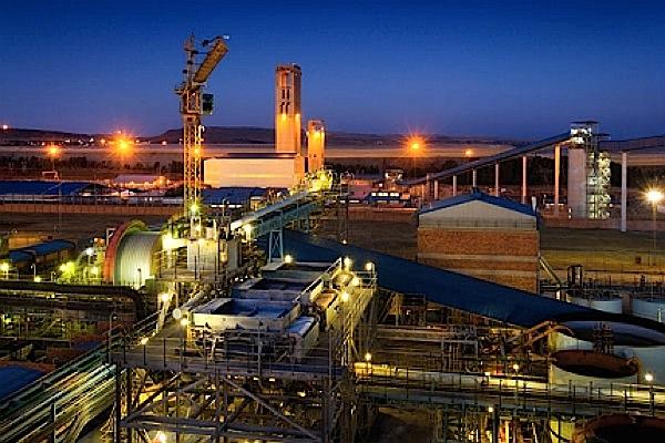 Gold Fields deciding Ghana's mine fate, as bullion prices dive