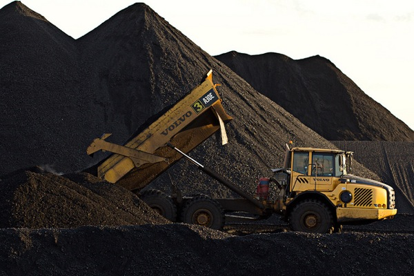 Rio Tinto to close Queensland coal mine if extension gets rejected