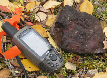 A radioactive sandstone boulder found on Lakeland's Gibbon's Creek property. Source: Lakeland Resources.