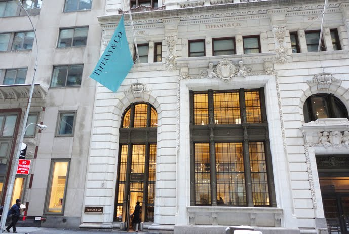 Tiffany & Co. location in downtown Manhattan. Source: Paul Zimnisky