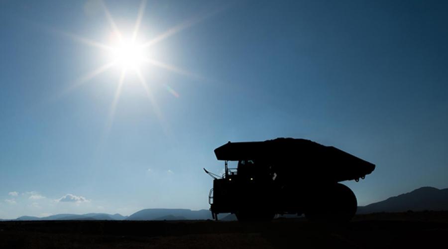 Liebherr 100 tonnes truck, a world premiere