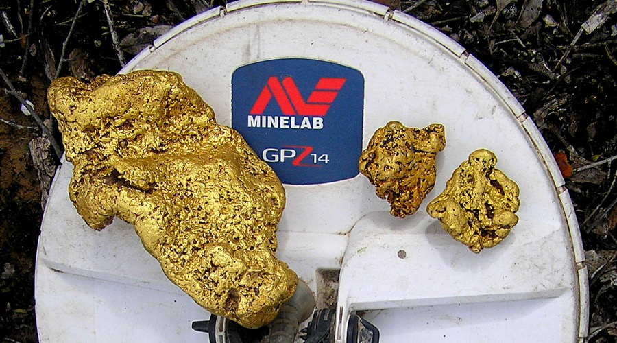 This Australian man just found a massive 145-ounce gold nugget