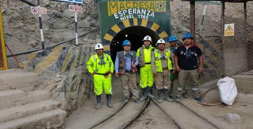 peruvian-gold-miners