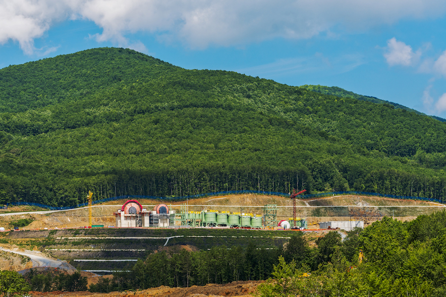Pending permits for Skouries, covering the construction of a smelter on site, have been delayed because of differences between Eldorado and the ministry's technical experts regarding testing methods applied to comply with environmental regulations.